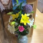受講生さんに頂いたお花。 本当にキレイ。豪華。 感謝です。ありがとう!